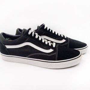 VANS Off The Wall low top sneakers size 12
